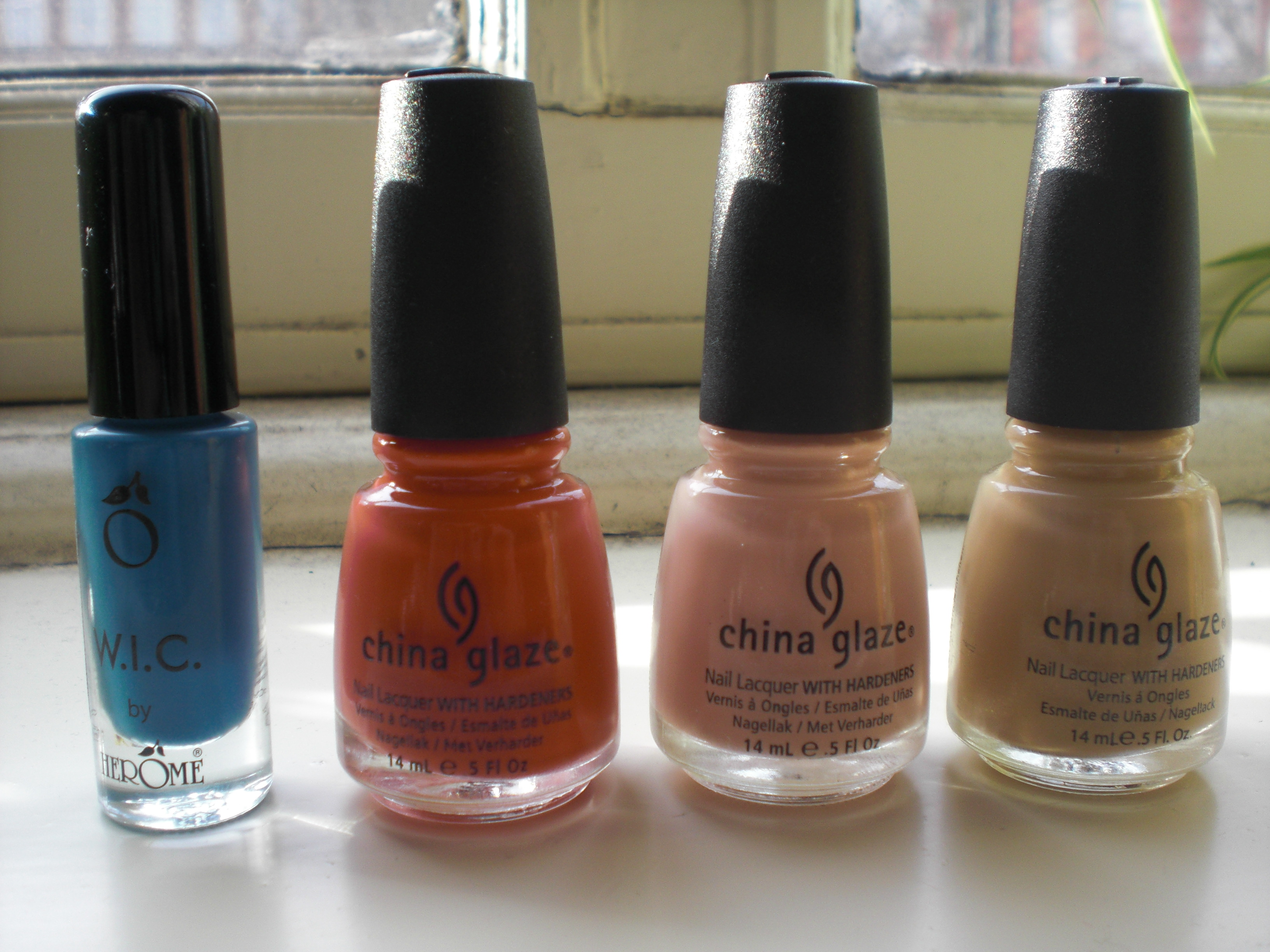 Nail Polish Haul – OPI, China Glaze & Hérôme – Floating in dreams