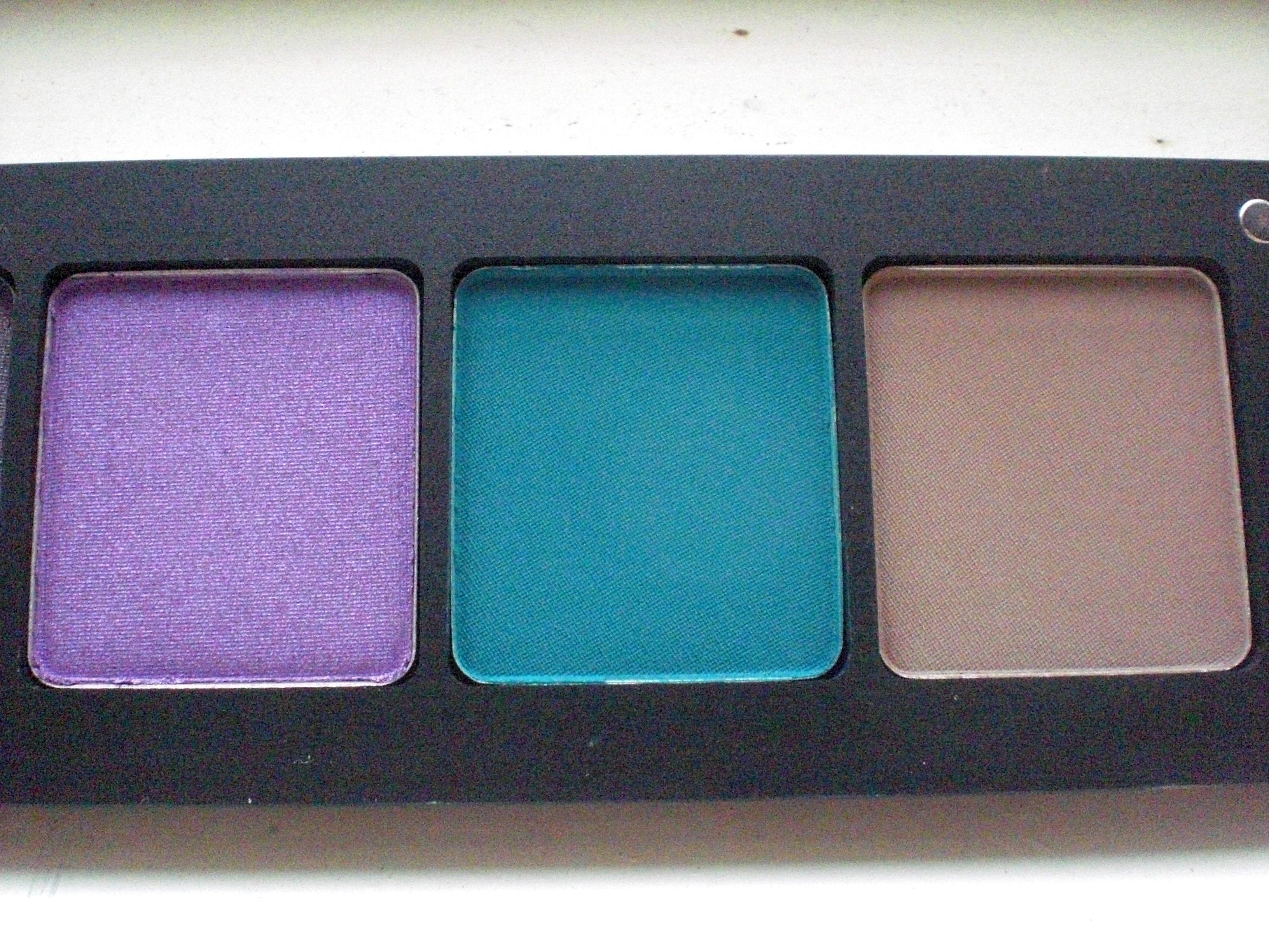 My first inglot experience incl eyeshadow review - What colors go with purple ...
