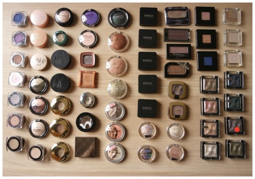 single mono eyeshadow collection