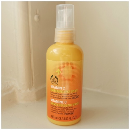 the body shop energising face spritz spray vitamin c review