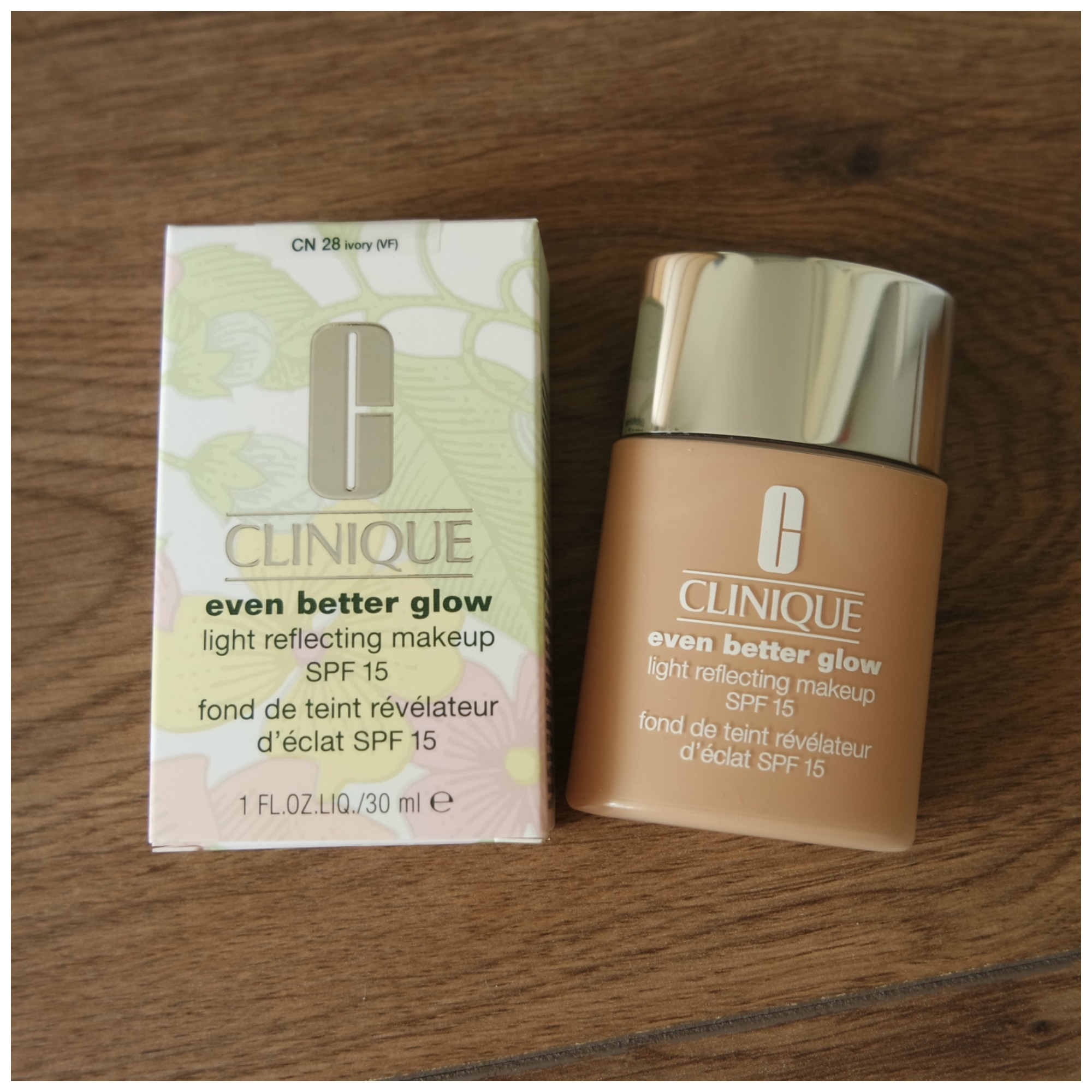Clinique Even Better Glow Foundation Floating In Dreams